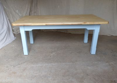 Ash-table-with-blue-legs