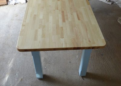 Ash-table-with-blue-legs2